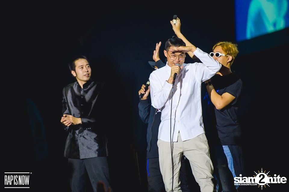 CP และ Protozua สองแร็พเปอร์รุ่นเก๋าที่มาแจมในโชว์ The Mask Rapper Photo : Siam2Nite